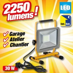 outiror-projecteur-led-30w-2250-lumens-portable-41412190012.jpg